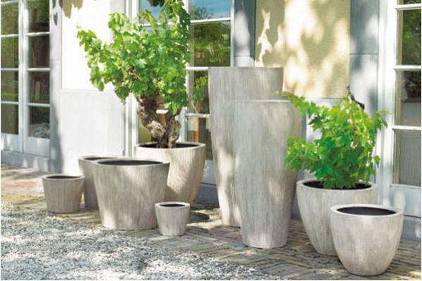 belgoflor poteries et bacs retrouvez l 39 ensemble des produits de la marque dans notre jardinerie. Black Bedroom Furniture Sets. Home Design Ideas