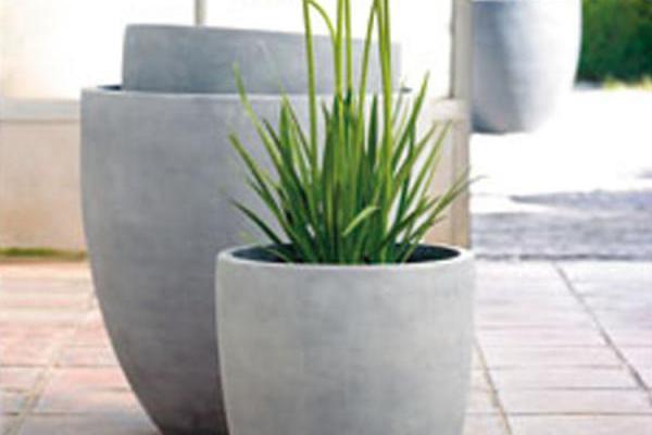 Belgoflor cache pots et r serve d 39 eau retrouvez l for Grand cache pot exterieur